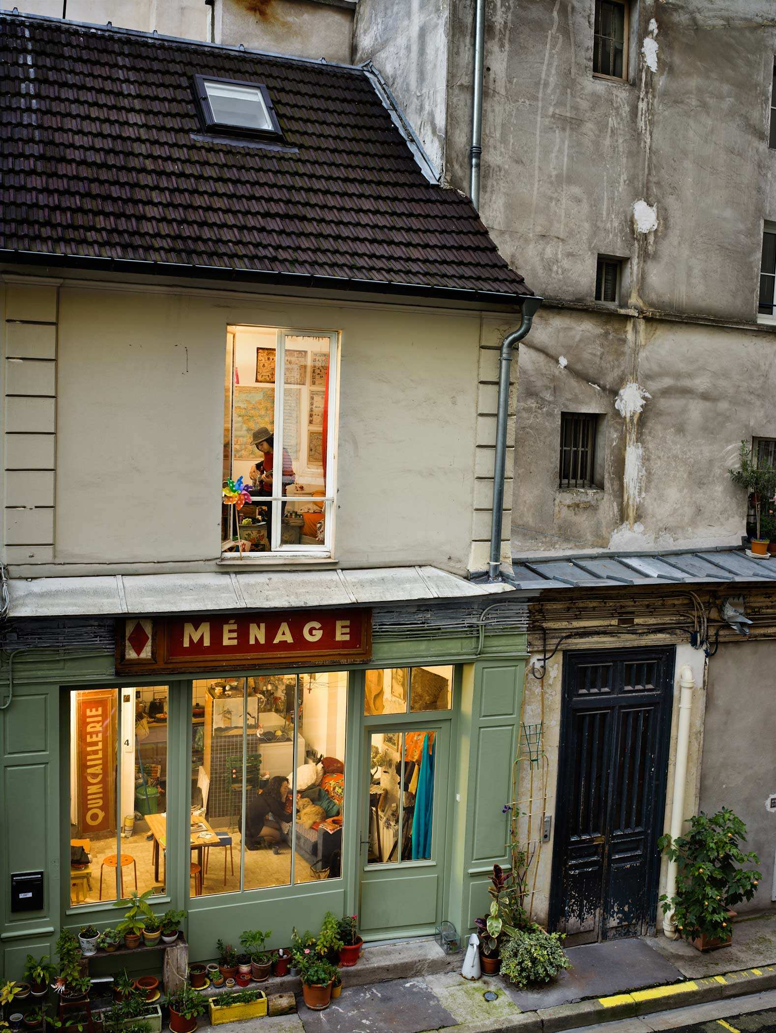 Passage de Desir, rue du Faubourg-Saint-Denis, 10e arrondissement Paris - Gail Albert Halaban