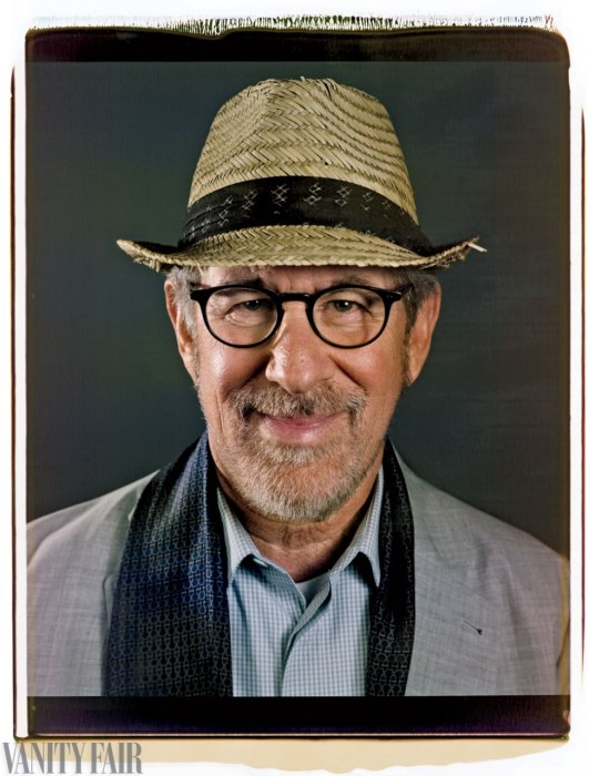Steven Spielberg Photo : Chuck Close