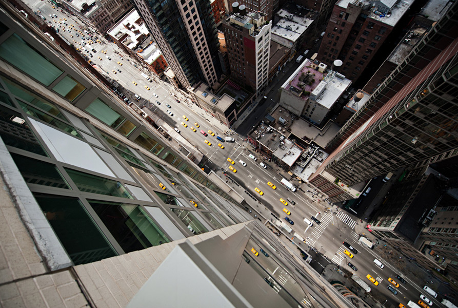 Avenue of the Americas, New York City - Photo : Navid Baraty