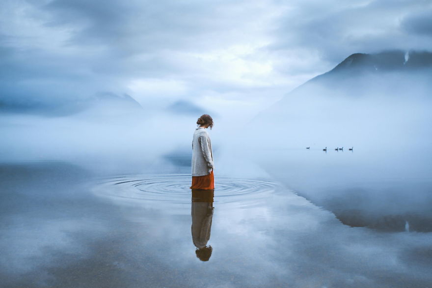 Be Still - Photo : Elizabeth Gadd
