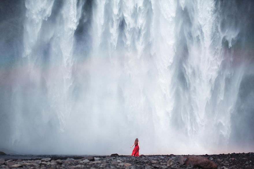 Free Falling - Photo : Elizabeth Gadd