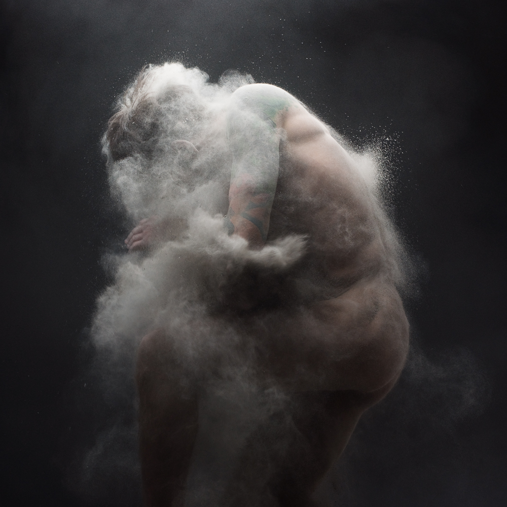 Dust 01 - Photo : Olivier Valsecchi