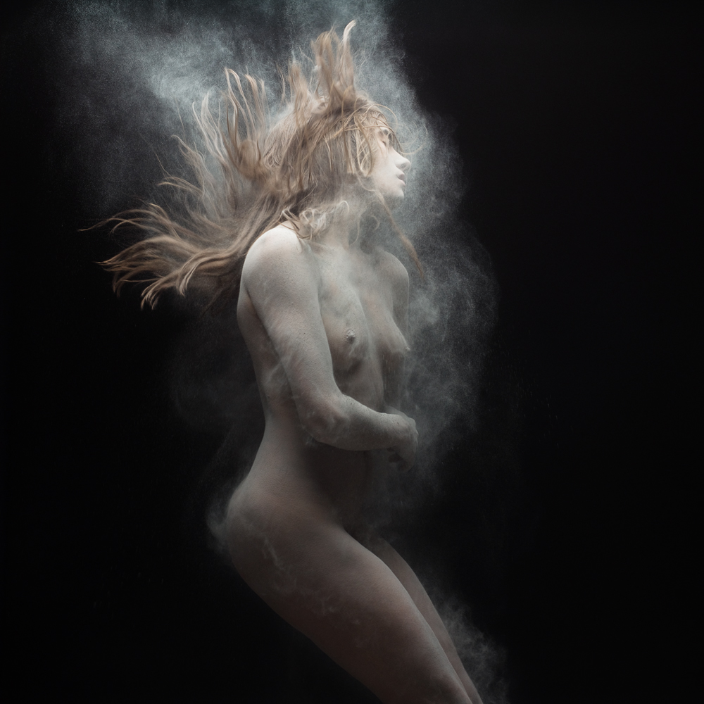 Dust 02 - Photo : Olivier Valsecchi