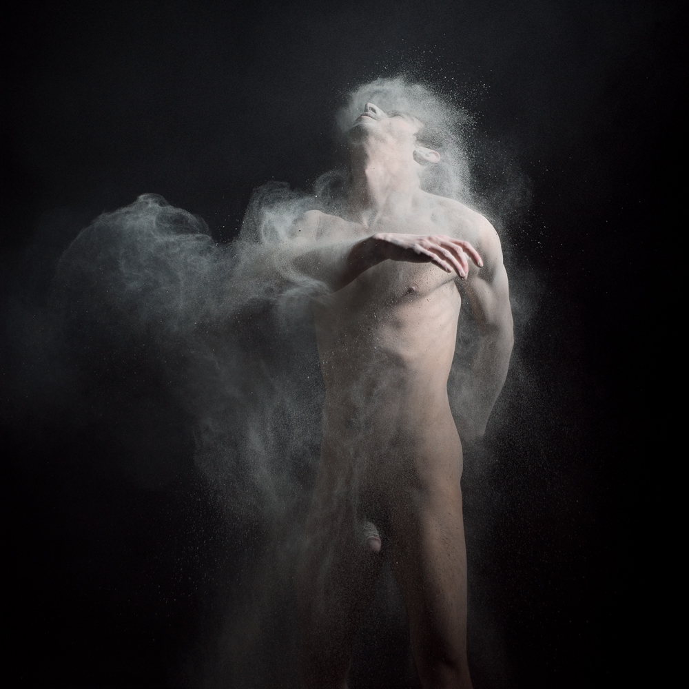 Dust 03 - Photo : Olivier Valsecchi