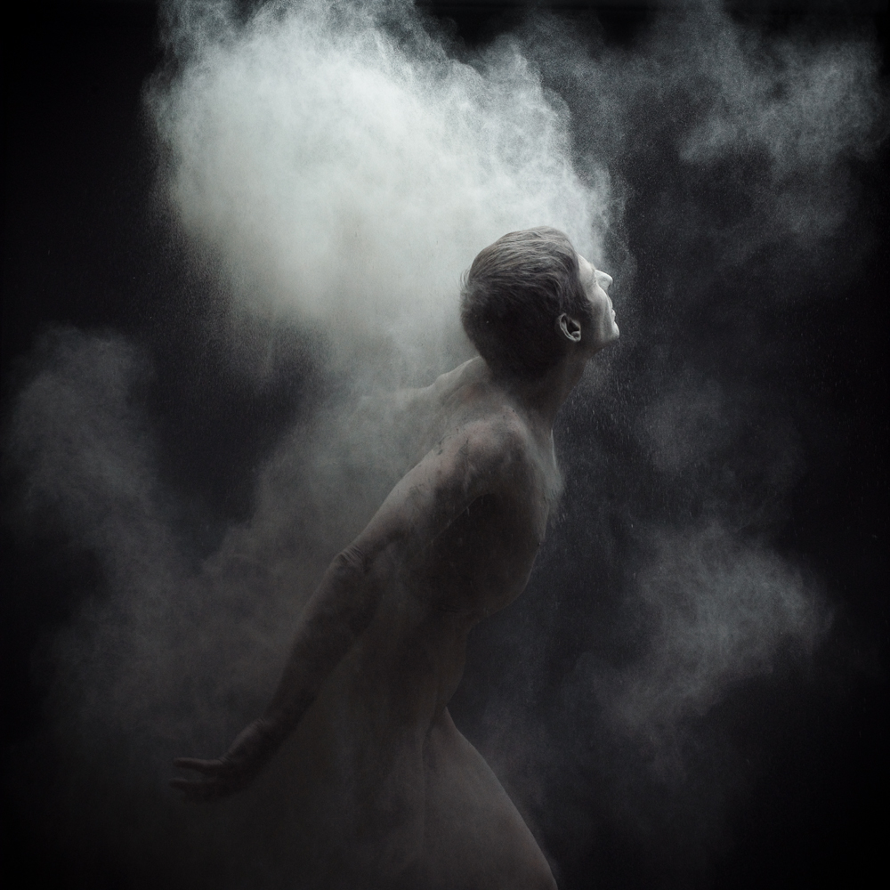 Dust 05 - Photo : Olivier Valsecchi
