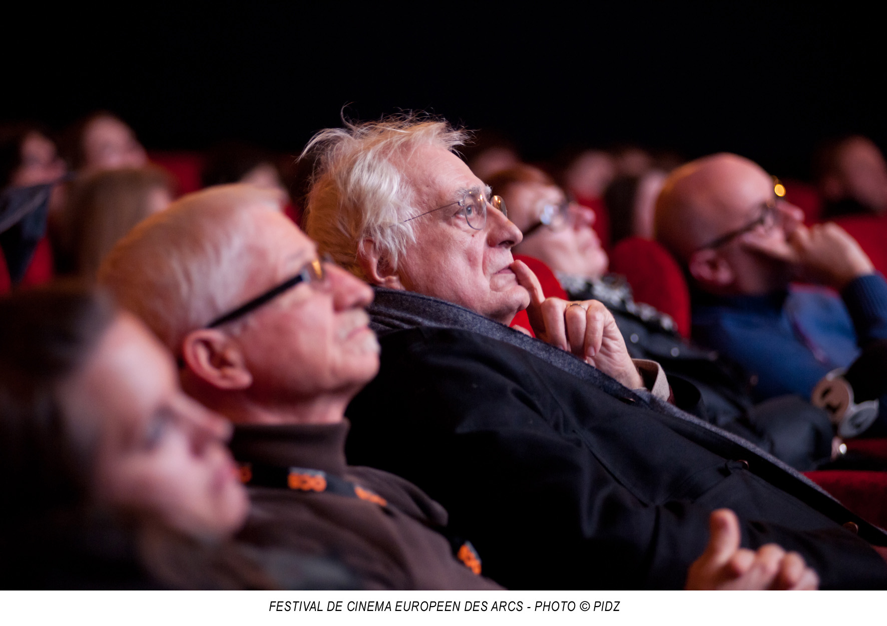 Bourg saint Maurice. Bertrand Tavernier en salle durant une projection. - Photo : PIDZ