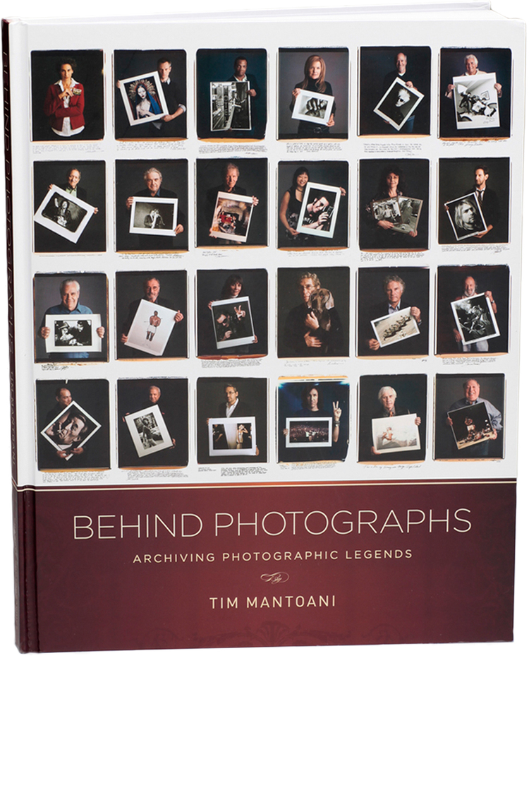 """Behind Photographs"" par Tim Mantoani"