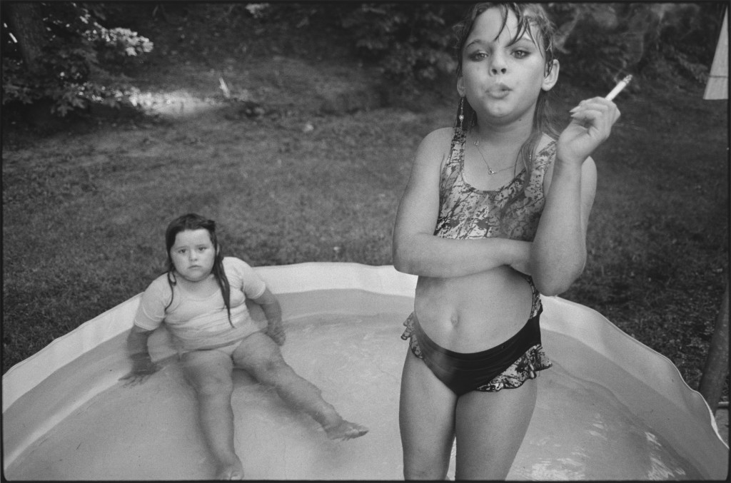 Photo : Mary Ellen Mark - Amanda et sa cousine Amy, Valdese, Caroline du Nord, USA -1990