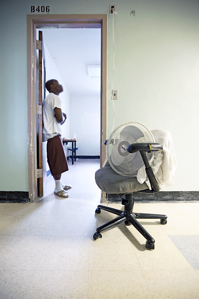 Photo : Richard Ross - Juvenile in Justice