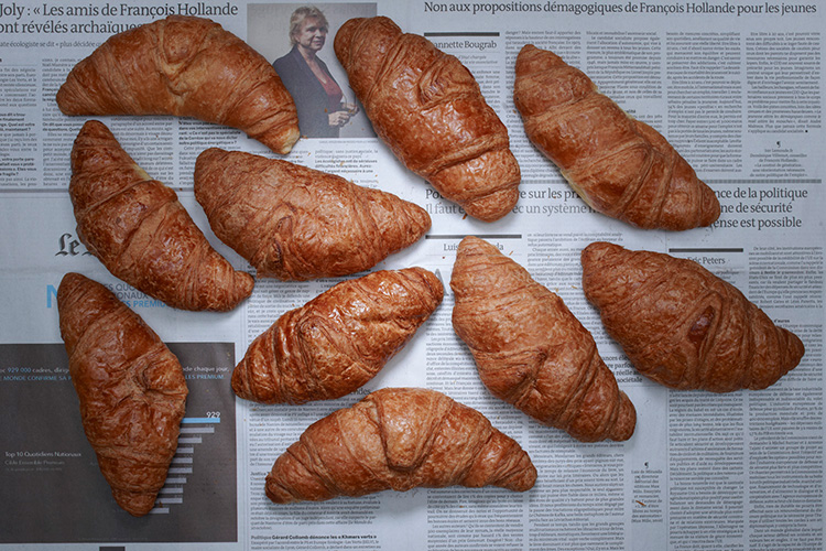 Croissants (France - 7,68 dollars)  Photo : Stefen Chow
