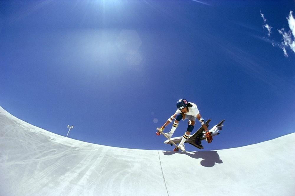 Flying Into Reno, Joe Fong, Reno (No. 74) 1977 - Photo : Hugh Holland