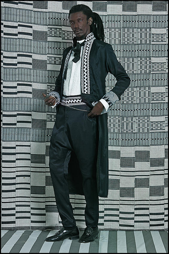 Baay Sooley, Designer de mode (Photo : Omar Victor Diop)