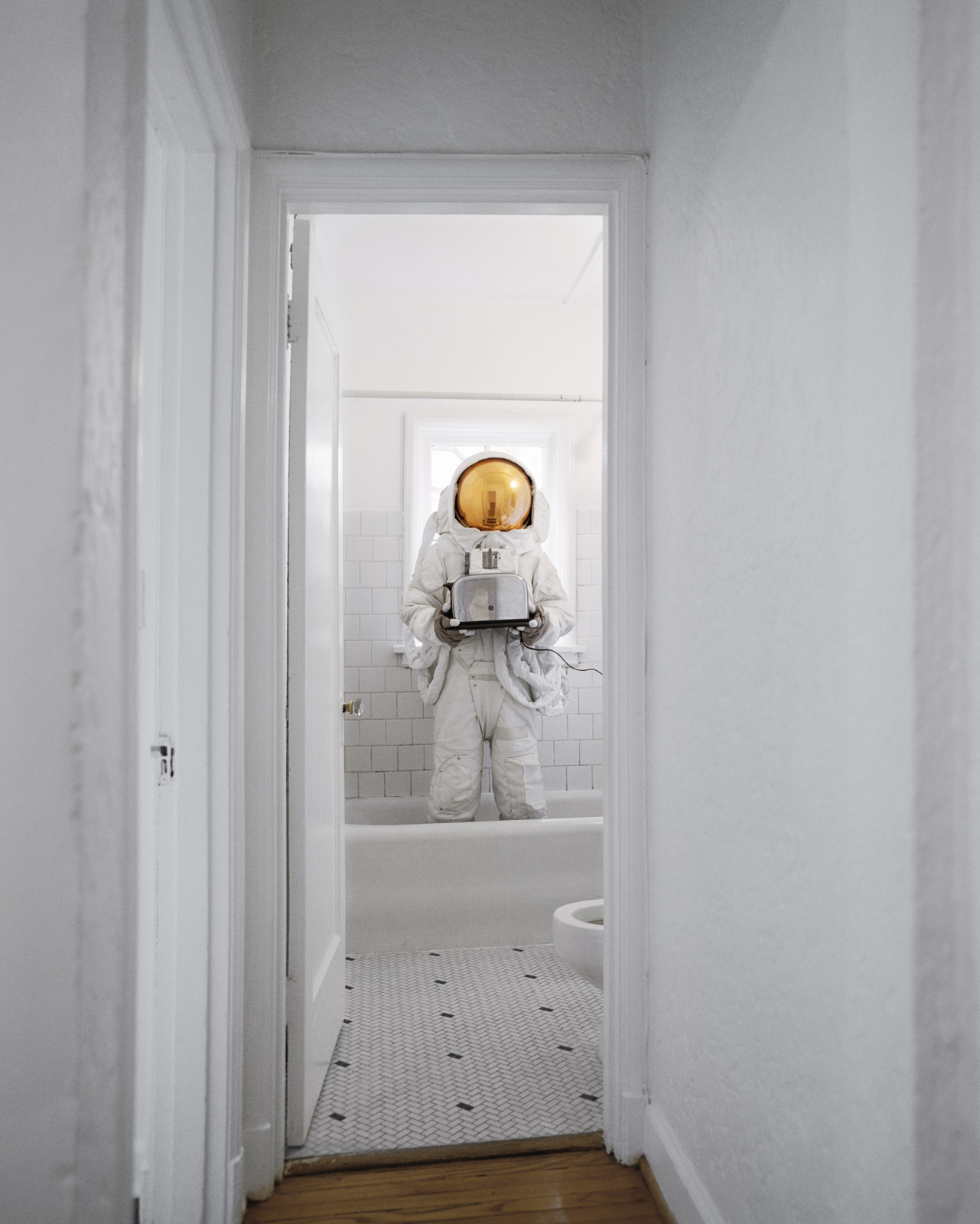 Photo : Neil DaCosta - Astronaut Suicide