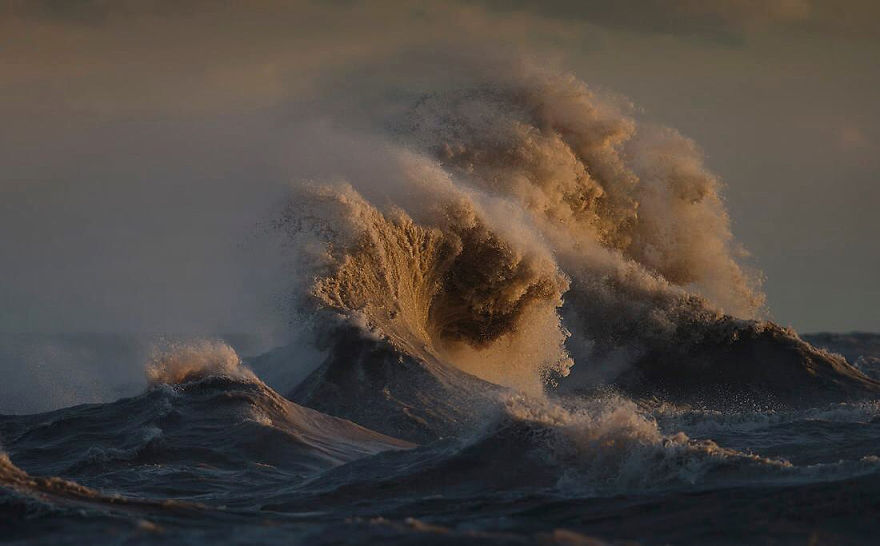 The Gales of November - Photo : DaveSandford