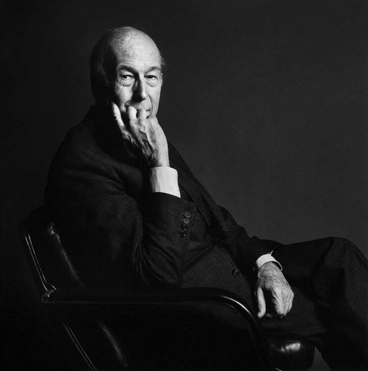 Valery Giscard d'Estaing, uit de serie 'Capitale Europe', sinds 1990 - Copyright Christian Courreges