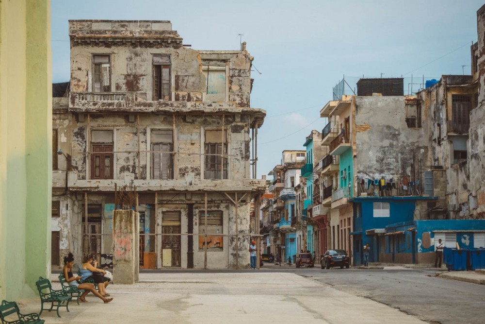 The crumbling facades of a Centro Havana neighbourhood, Bobi Dojcinovski