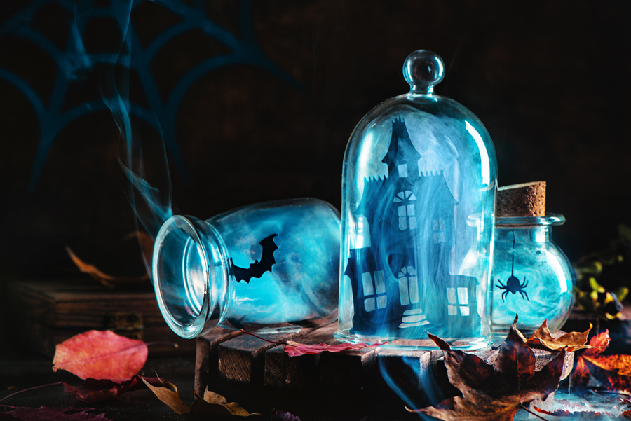 Photo : Souvenirs from haunted maison, Dina Belenko