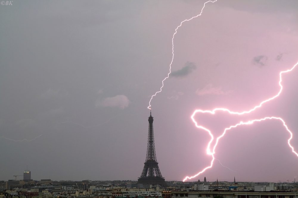 Photo : Orage tour Effeil, Bertrand Kulik