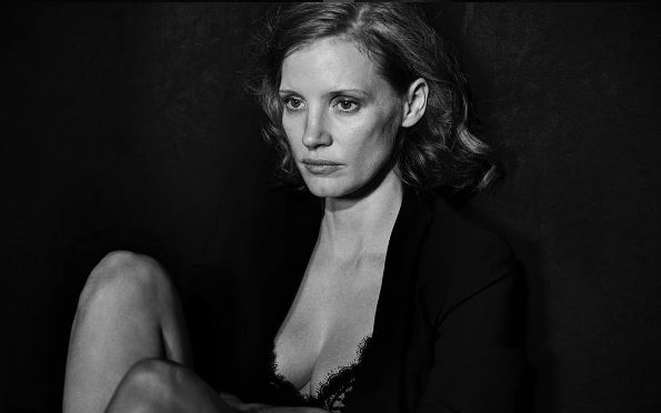 Photo : Jessica Chastain, Calendrier Pirelli 2017 par Peter Lindbergh