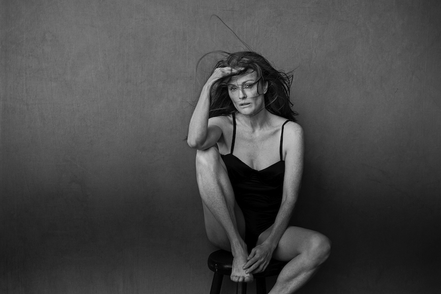 Photo : Julianne Moore, Calendrier Pirelli 2017 par Peter Lindbergh