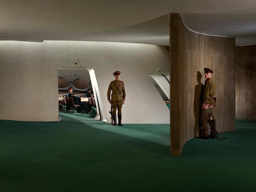 Photo : Sacha Goldberger / Secret Eden / Guerre froide russe Red line