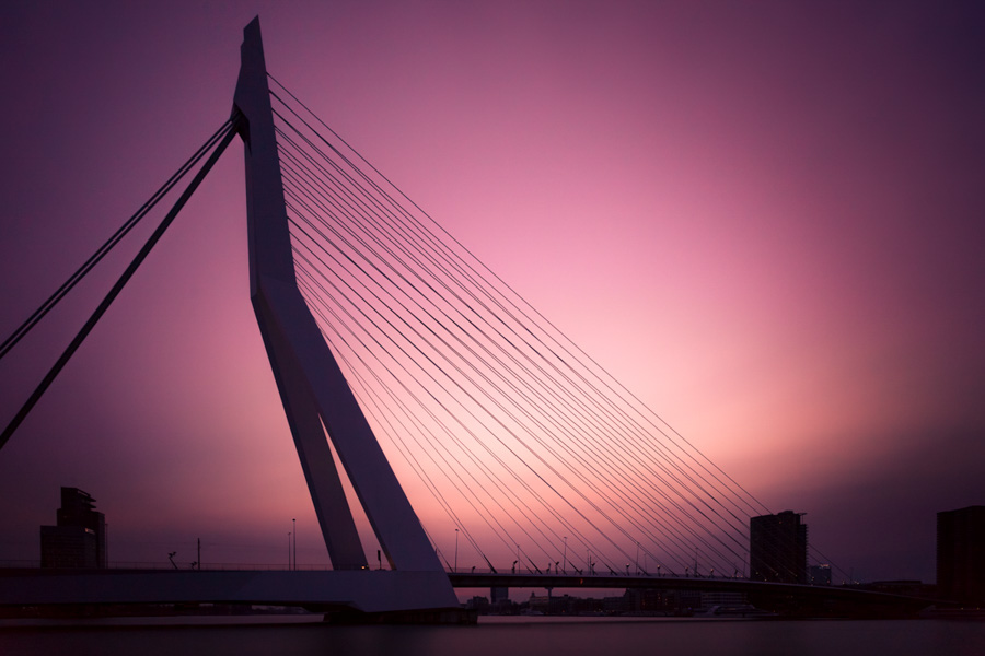 Photo : Tobias Gawrisch / Architecture in the Netherlands - Erasmus Bridge