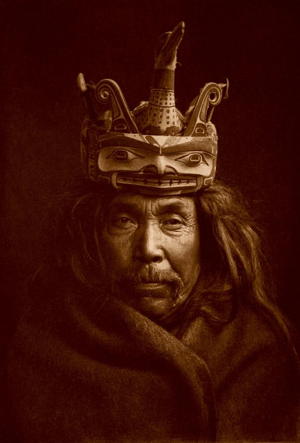 Edward Curtis - A Tlu'wulahu Mask - Tsawatenok, 1914