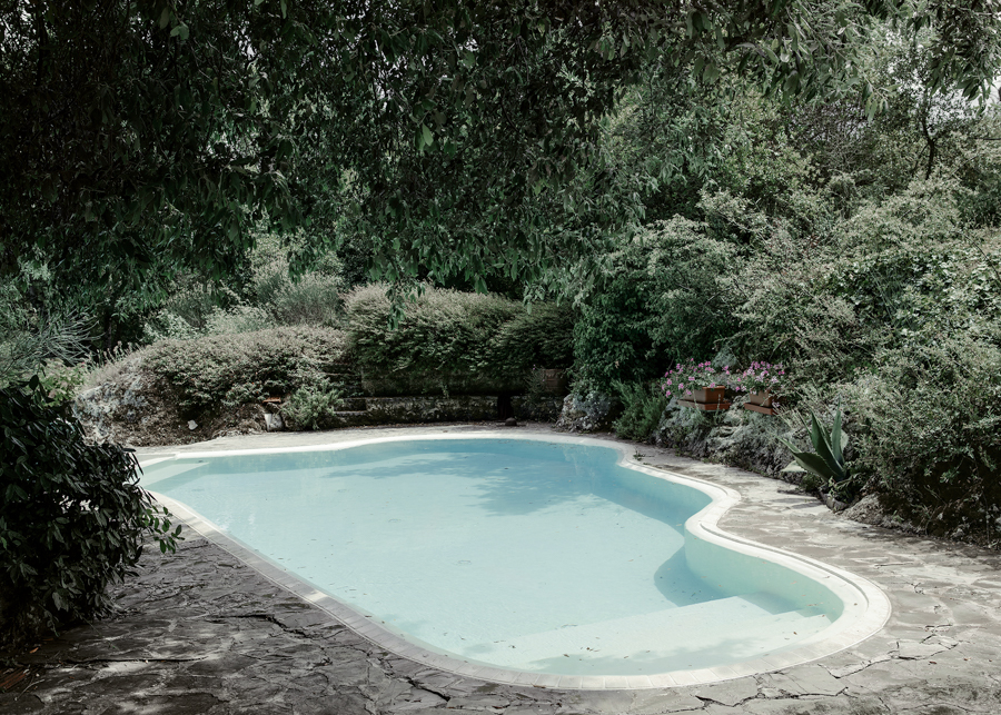 Empty Pool Anja Niemi _ The Little Black Gallery