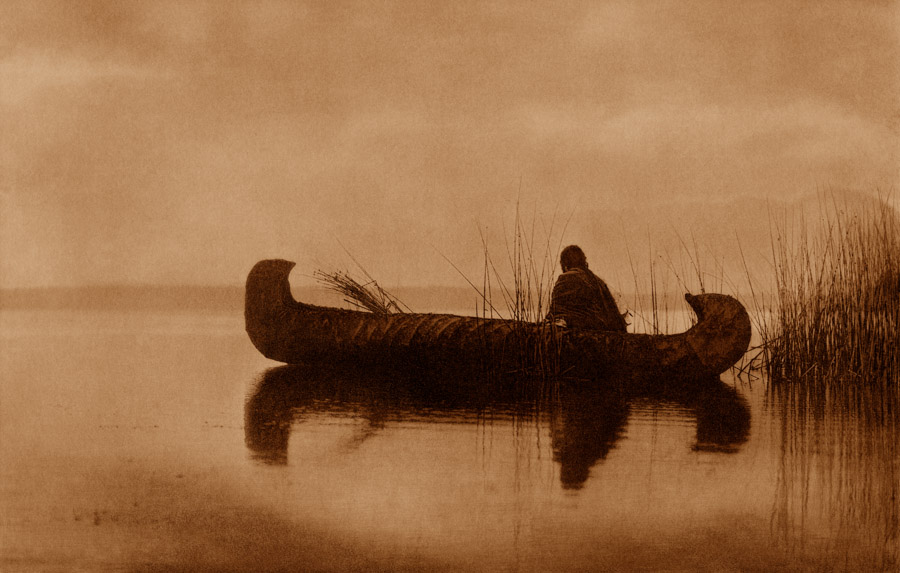 Edward Curtis - Kutenai Duck Hunter, 1910
