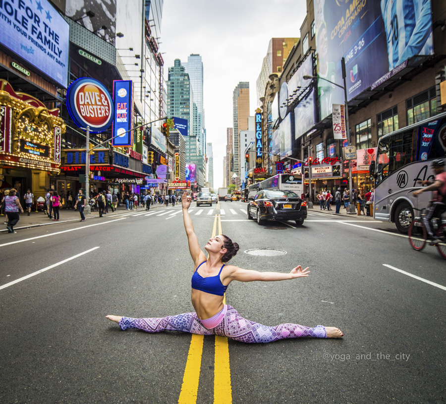 Alexey Wind – Yoga and the city, NYC, New-York grainedephotographe