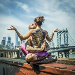 Alexey Wind - Yoga and the city - grainedephotographe
