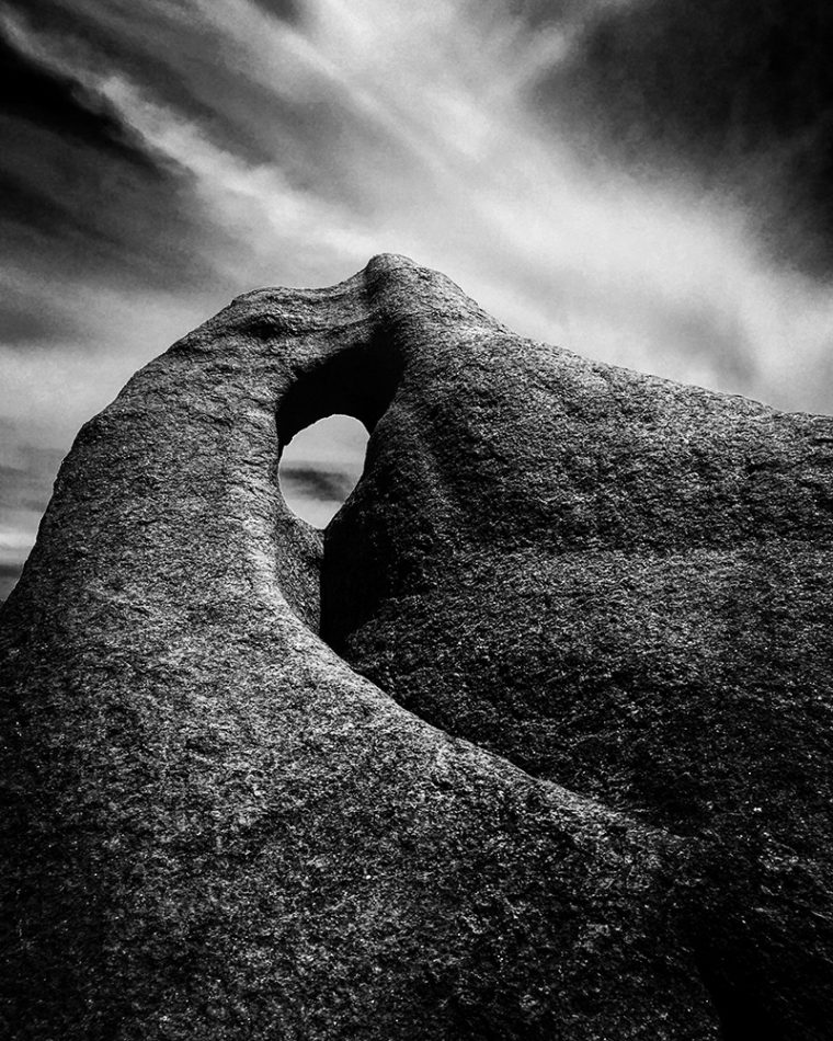 Christian Horgan Fremantle, Australia 1st Place – Landscape Singing Rock