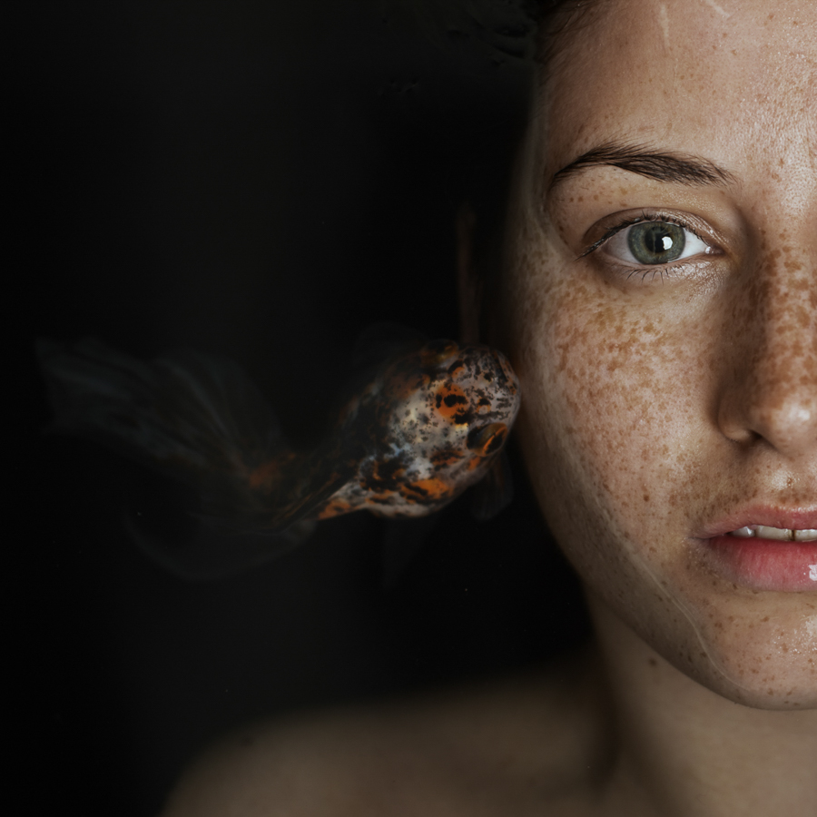 Photo - Alessio Albi - La fille au poisson