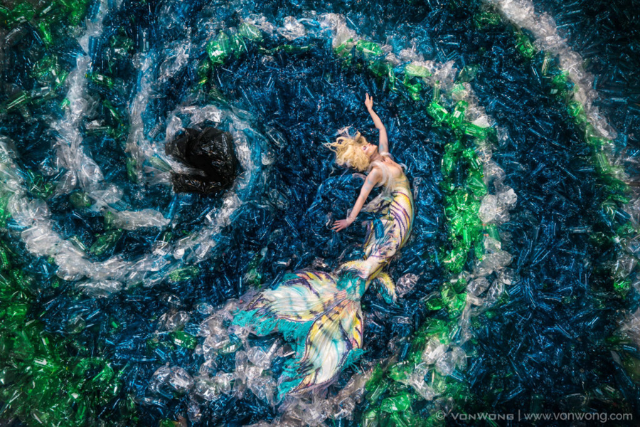 Photo - Benjamin Von Wong - Mermaids hate plastic-1