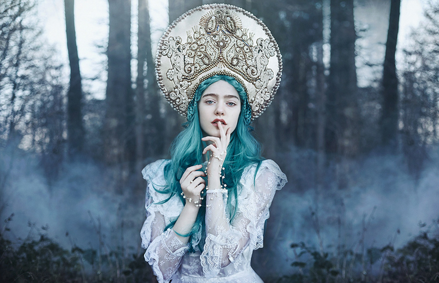 Photo - Bella Kotak, Enchanted Worlds
