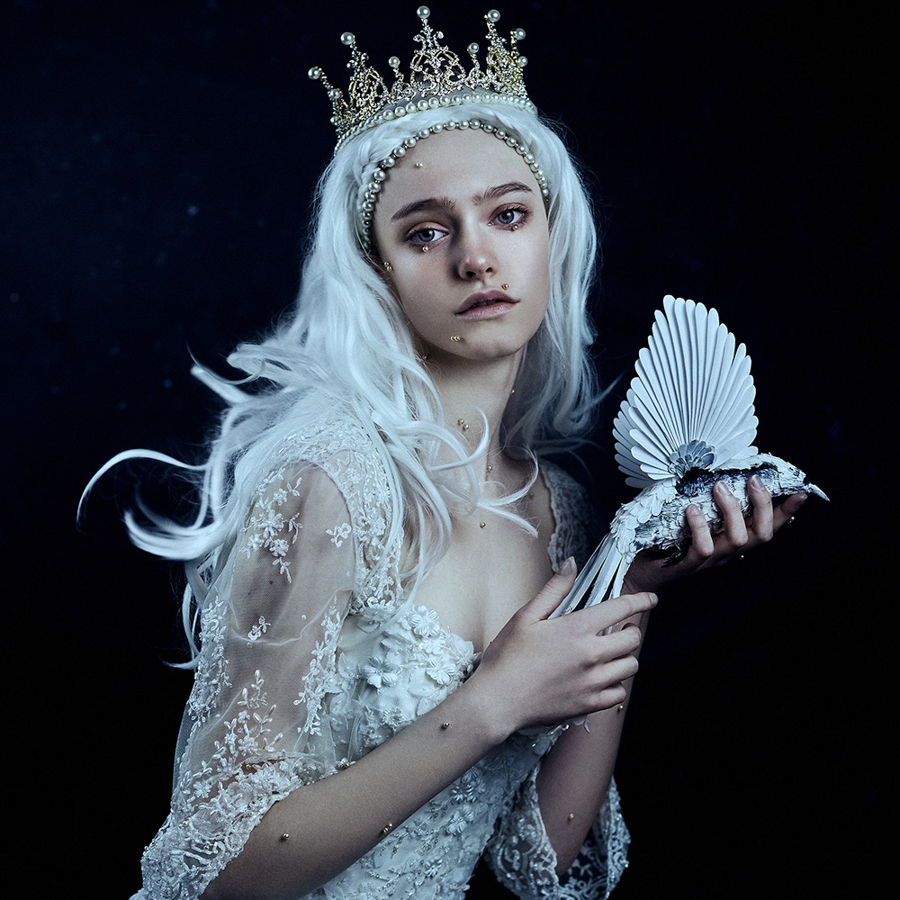 Photo - Bella Kotak, Enchanted Worlds, Nightingale