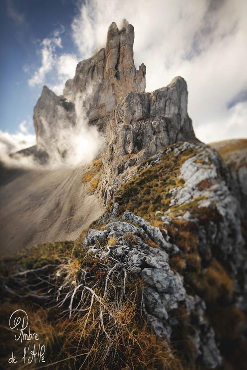 Photo - Ambre de l'AlPe, Gates of Valhalla • Asgard