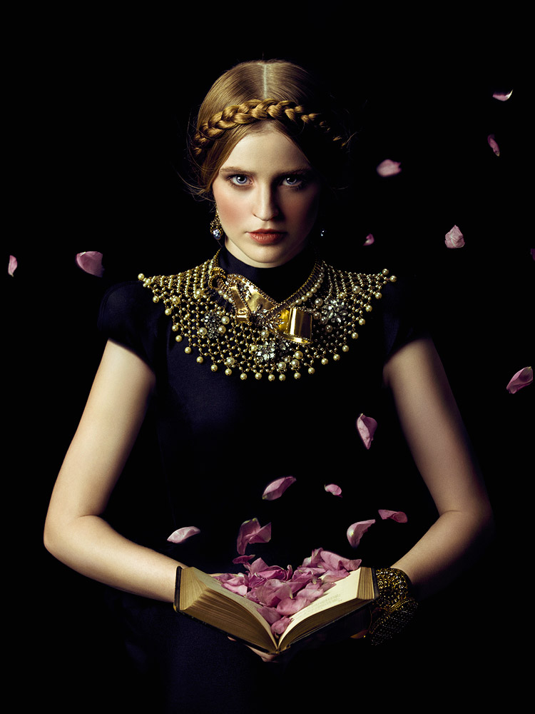 Zhang Jingna - Motherland Chronicles - Book of Roses