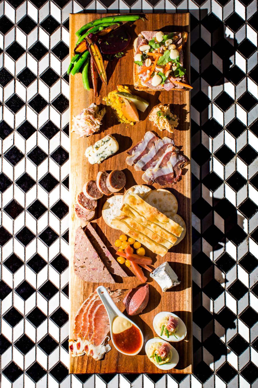 Justin Tsucalas – Culinary - Graine de Photographe Sugarvale : Chef's Choice Charcuterie Board prepared by Lori Yanke