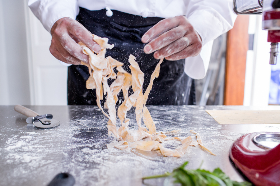 Justin Tsucalas – Culinary - Graine de Photographe Pasta Making Class Chef Scott Ryan