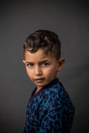© Corentin Fohlen/ pour ASMAE. Tebnine, LIBAN. 19 octobre 2016. Portrait d'enfant syriens refugies au Liban, dans le centre Harris, pris en charge par l'association ALPHA, soutenue par ASMAE-association Soeur Emmanuelle. # Ahmad JAAL AHMAD, 5 ans